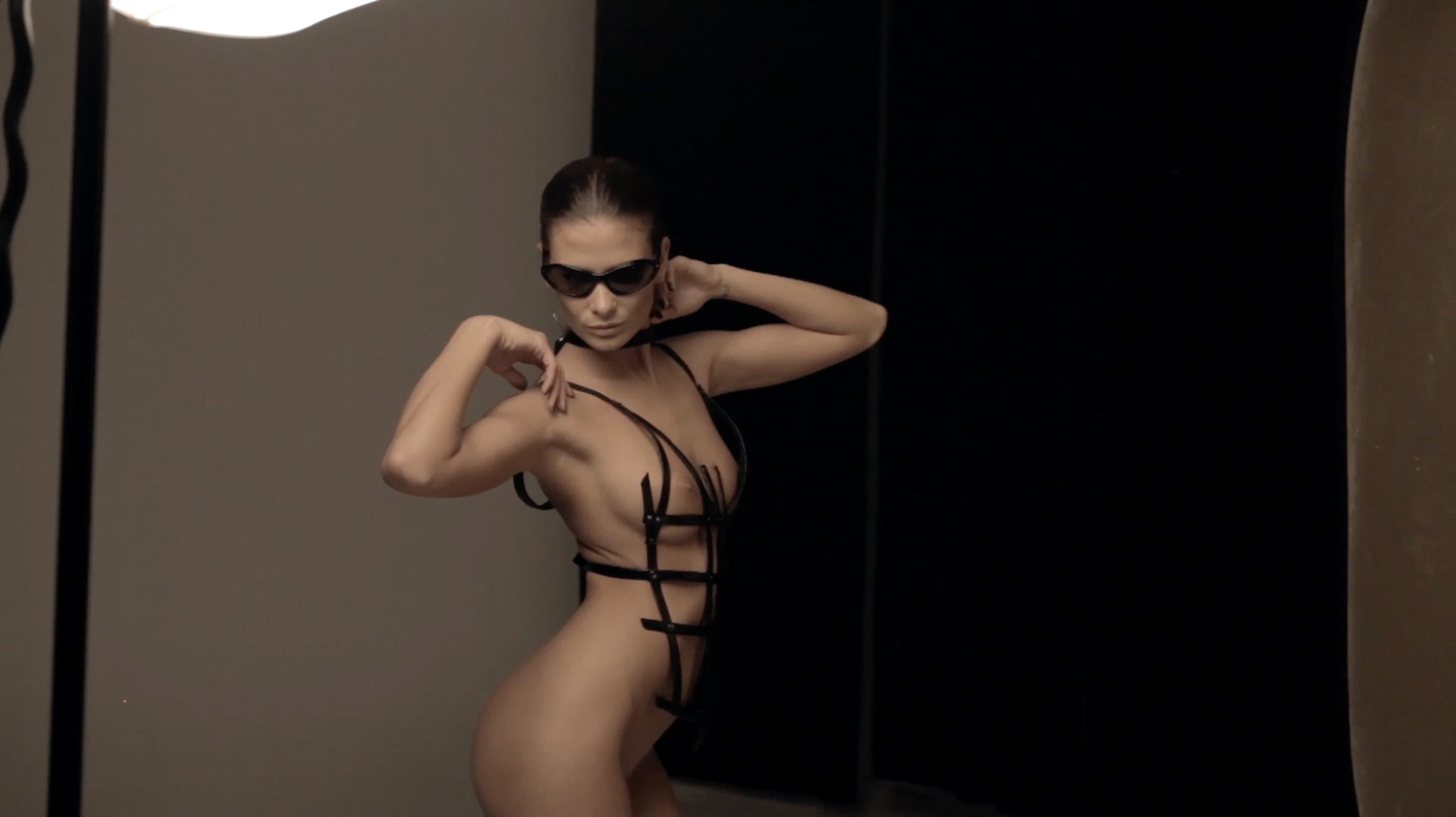 12 Nude Photography Tips & Tricks from a World